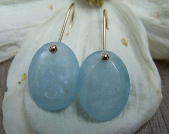 Faceted Aquamarine oval briolette, 14K solid gold earwire