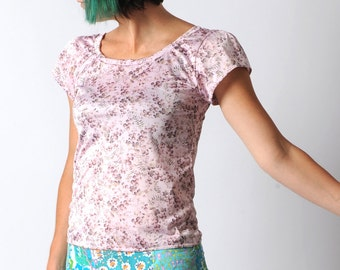 Pink floral top, Short sleeved tshirt, light pink floral t-shirt, Floral print top, Pink jersey top with flowers