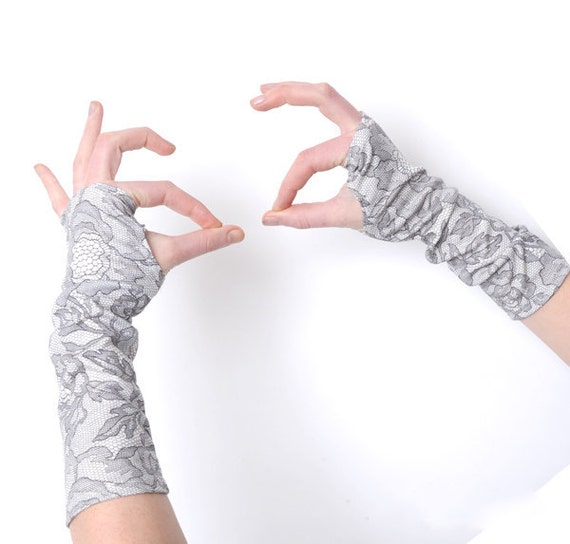 Grey Fingerless Gloves - Grey lace print armwarmers - grey and white