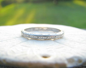 Art Deco Wedding Band, Fine Platinum Carved Eternity Band, Hand Engraved 1922, Fine Maker Traub Orange Blossom