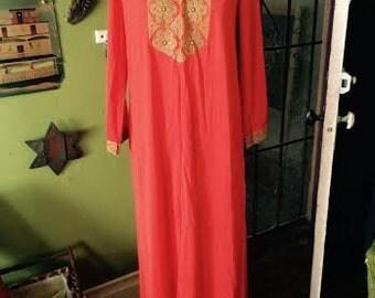 Amazing 1960's/1970's maxi boho dress womens size Small