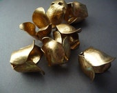 4 Rose Flower Bead Cap - Brass Stackable Finding