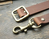 LEATHER STRAP /////  Brown or Black leather removable strap.