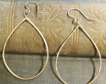 teardrop earrings silver handmade hammered hoop earrings simple teardrop earrings lightweight earrings hammered jewelry simple earrings
