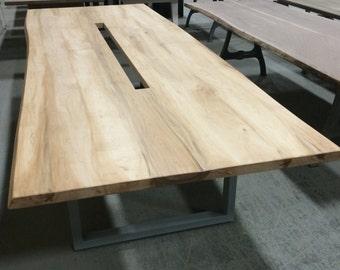 Custom Confrence Table