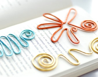 Fun Bookmarks, Set of 3, Wire Bookmarks, Colorful Bookmarks, Squiggle, Book Lover Gift, Teacher Gift, Metal Bookmarks, Librarian Gift