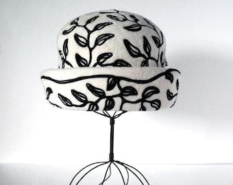 1960s Mod Hat, Mr. John Jr. Hat, Black and White Patterned Leaves, Italian Fur Felt, Vintage Fashion, Mid Century Haute Couture, Breton Hat