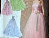 Sewing Pattern Simplicity 3878 Misses' Evening Dress  UNCUT Complete