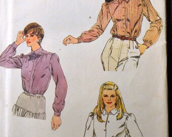 Vintage Sewing Pattern Vogue 8039 Misses' Blouse and Bow Tie Complete Size 8 Bust 32 inch