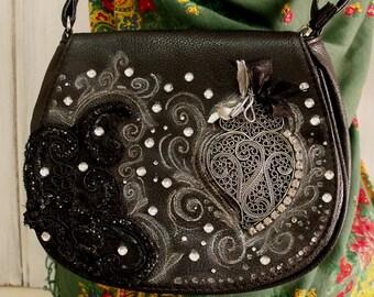 Portuguese Viana heart rhinestones handbag