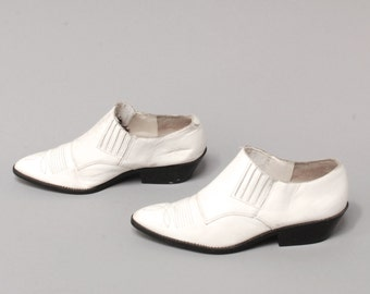 size 6.5 CHELSEA white leather 80s 90s SOUTHWEST BOHEMIAN slip on ankle boots