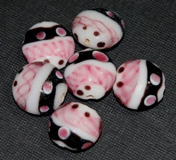 10 pcs of lampwork beads flat round 15mm - pink/Black/white 5