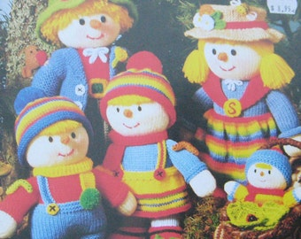 Jean Greenhowe's Scarecrow Family Knitting Pattern Book
