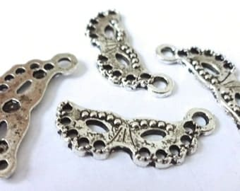 12 Mask Charms 23x11x2mm ITEM:O23