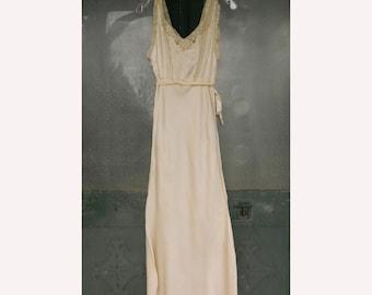 Vintage Long Glamorous Ivory Silk Dressing Night Gown