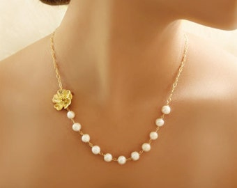 Bridesmaid Gift Dainty Gold or Silver Flower Necklace