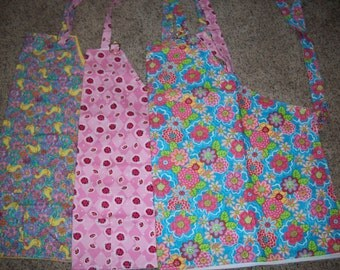 Cotton Barbeque/Kitchen Apron (Choose Ducks (XL), Flowers (XL) or Strawberries Large pattern)