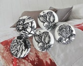 "Handmade Large Victorian White Black Rose Floral Flowers Fabric Cover Buttons, Black White Flower Fridge Magnets, Flat Backs, 1.25"" 5's"