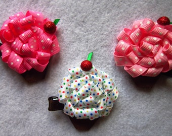 Cupcake with sprinkles Hair bow/barrette