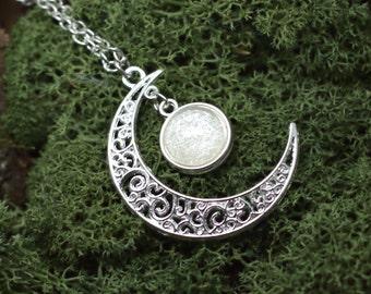 "Necklace ""Gealaí"" Celtic Moonlight Cristalized White"