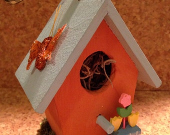 Bright Blooms Mini Birdhouse