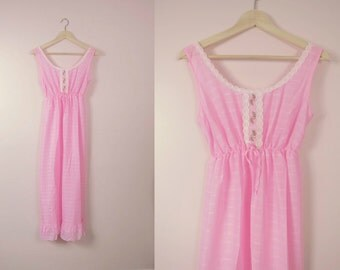 Vintage Pink Embroidered Summer Nightgown S