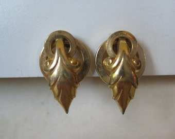 Leaf Gold Earrings Screw Vintage