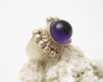 Vintage Sterling Amethyst Ring Bold Jewelry  R5562