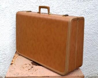 Vintage Taperlite Suitcase - Large, Medium Brown, Luxurious Interior, Original Key