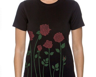 Red Roses Women's Plus size Black T-shirt, Floral Roses Screenprint, Gift for Her