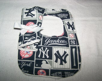 Yankees Boy Girl Baseball Bib-Burp Cloth Gift Set on Teri New Baby Coming Home Hospital Dads New Moms Baby Shower Gift