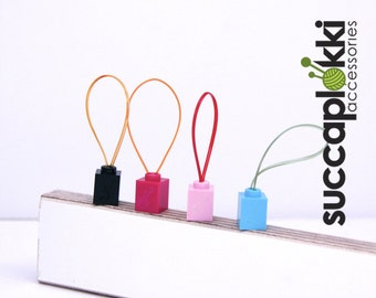 Silmuccamerkki- Knitting Stitch Markers, Knitting place marker's made out of tiny lego blocks