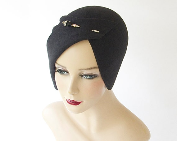 Cloche Hat Spring Fashion Spring Accessory Great Gatsby Hat Women's Flapper Hat Hand Draped Hat 1920s Cloche Hat Fall Hat Evening Hat