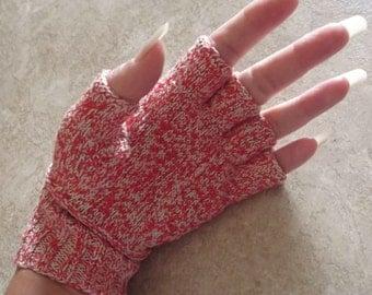 Bonnie's Hand Knit  Ecru/Red Cotton Thread  item Finger Free gloves
