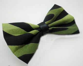 Green Zebra Print Hair Bow