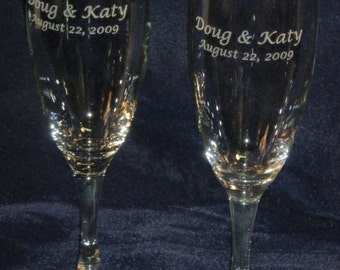 Personalized laser engraved champagne flutes by 3dcarving