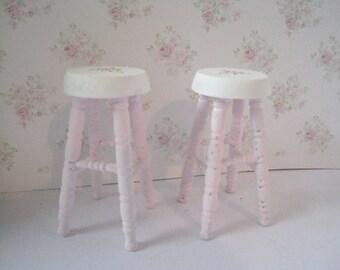 Dollhouse stools,  miniature stools, stools,  tea room, cake shop, dollhouse cakes ,   twelfth scale, dollhouse miniature