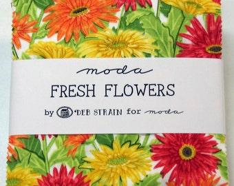 Fresh Flowers Charm Pack