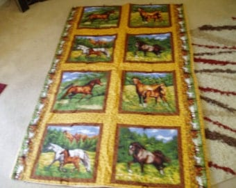 Awesome Horse Throw Quilt/Blanket