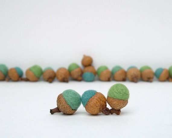 Blue Needle Felted Acorns Teal, Wooly Felt 12 Eco Friendly All Natural Woodland Waldorf Inspired Home Decor Fun turquoise Stocking Stuffer