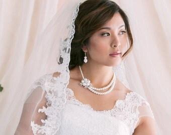 Wedding Veil, Bridal Veil, Fingertip Veil, Alencon Lace Veil, White Veil, Ivory Veil