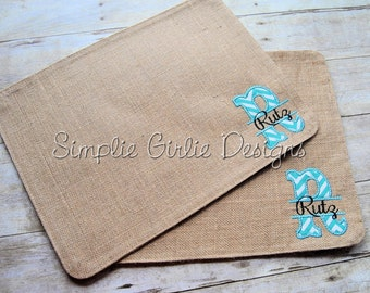 Personalized burlap place mat. Chevron initial applique with last name. Many chevron colors available.