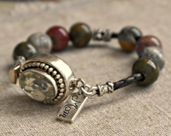 Leather bracelet with vintage quartz clasp for mom