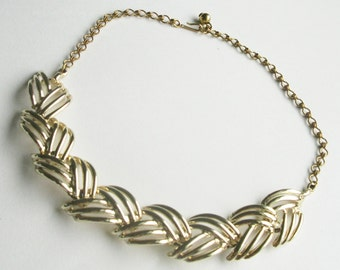 Gold Leaf Link Vintage Necklace