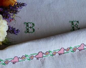 Nr. 851: handloomed linen antique charming TOWEL napkin, LAUNDERED EASTER decoration; tablerunner