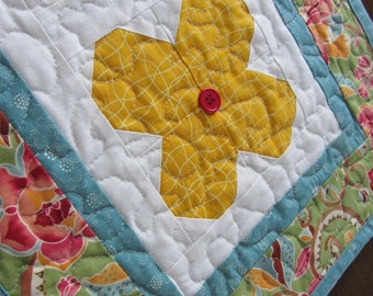 Floral Quilted Table Runner ,  Cottage Chic Table Runner ,  Summer Table Runner , Yellow White Green Rose