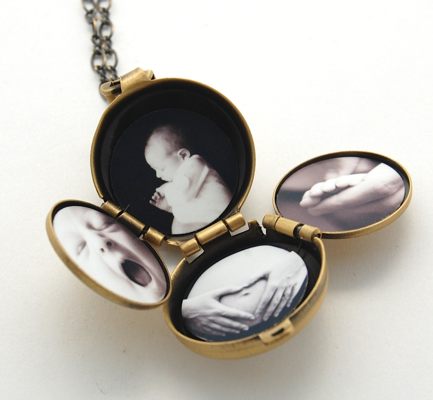 Where can i get pictures made for a locket Academy Awards - Best Pictures Not Nominated