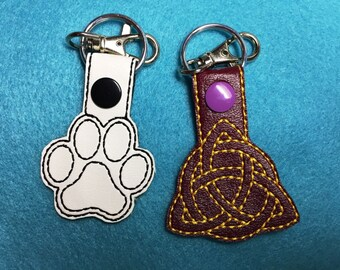Celtic Triangle and Paw Print Key Chain