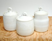White pottery jars,clay containers,white lidded vessels,spice jars,storage jars,ceramic jar set,white home decor,clay kitchen containers