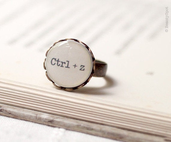 Ctrl+z geek ring - Keyboard gift - Geeky gift - Geek gift - Nerd ring - Geekery ring - Geeky ring - Tech jewelry - Computer geek (R003)